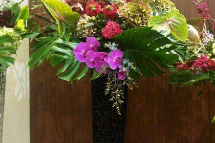 公演祝いに贈るスタンド花 二子玉川の花屋ネイティブフラワーイーダ
